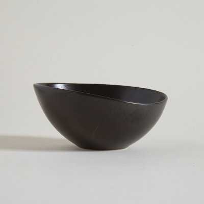 BOWL BAJO IRREGULAR DARK BROWN LINEA DAKAR 21,5 X 5,5  CM