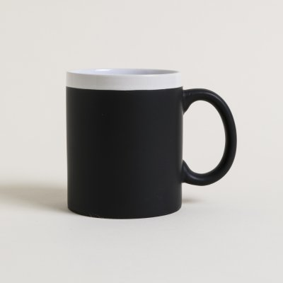 MUG NEGRO MATE BORDE E INTERIOR BLANCOI 300 ML