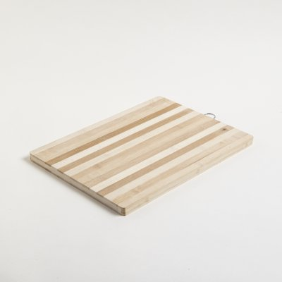TABLA  DE BAMBOO RECTANGULAR RAYADA 28x38CM
