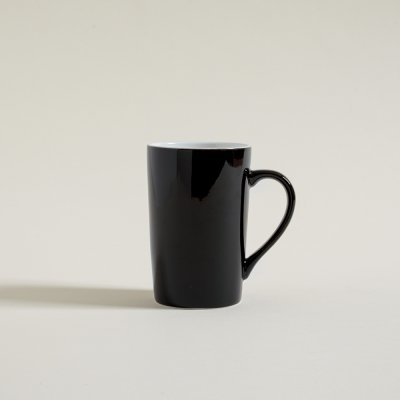 MUG  FINO  NEGRO BRILLANTE  INTERIOR BLANCO 400 ML