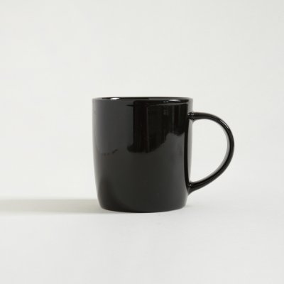 MUG NEGRO BRILLANTE 350ML