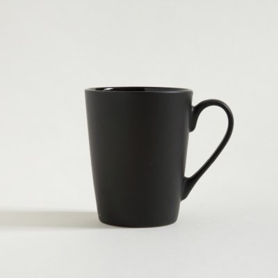 MUG CONICO NEGRO SATINADO INTERIOR BRILLANTE 350ML