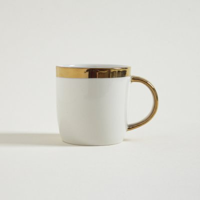 MUG BAJO ASA Y  BORDE DORADO 350ML